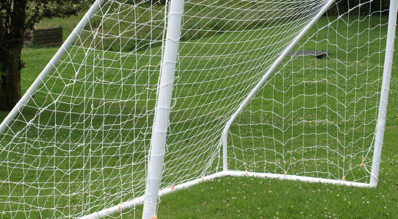 lekkie bramki do piłki nożnej dla dzieci